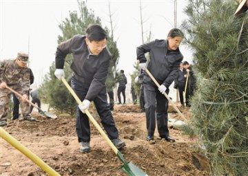 赵克志张庆伟等与省会干部群众一起参加义务植树活动