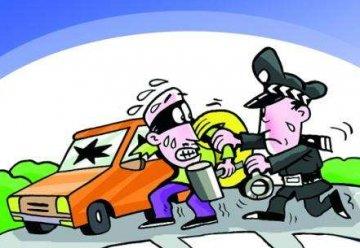 石市新华刑警六中队破获20余起盗窃汽车内物品案