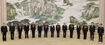赵克志等会见出席全国公安系统英雄模范立功集体表彰大会的河北省