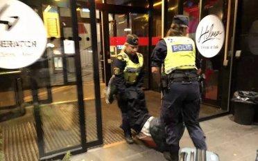 """中国游客瑞典受辱事件剧情""""反转""""的背后,究竟藏着什么?"""