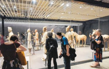 兵马俑在新西兰国家博物馆展出
