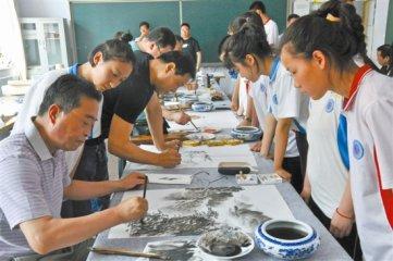 陶瓷艺术大师下乡支教