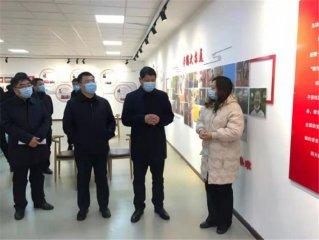迁安市委书记韩国强调研社区治理及疫情防控工作